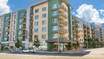 Cho thuê biệt thự 5 phòng ngủ tại Phú Mỹ Hưng với hồ bơi, sân vườn lớn, nội thất đẹp